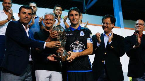 Mosquera recogió el trofeo