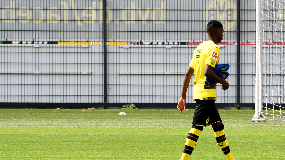 Dembelé en un entrenamiento con el Borussia Dortmund