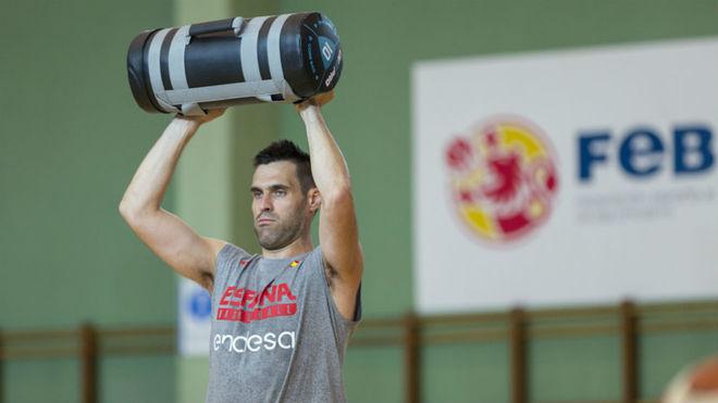 San Emeterio, en el entrenamiento de la selección.