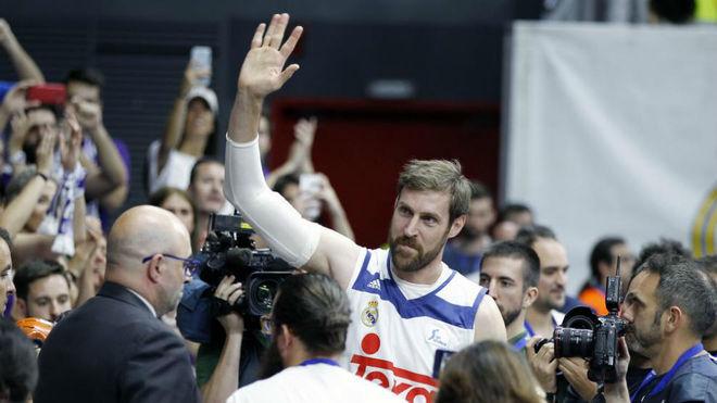 Andrés Nocioni, el día de su retirada.