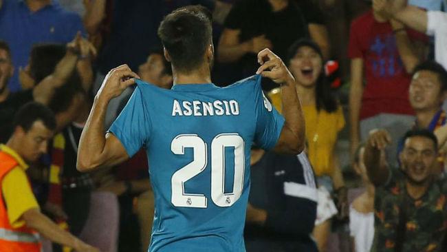 Asensio celebrando su gol