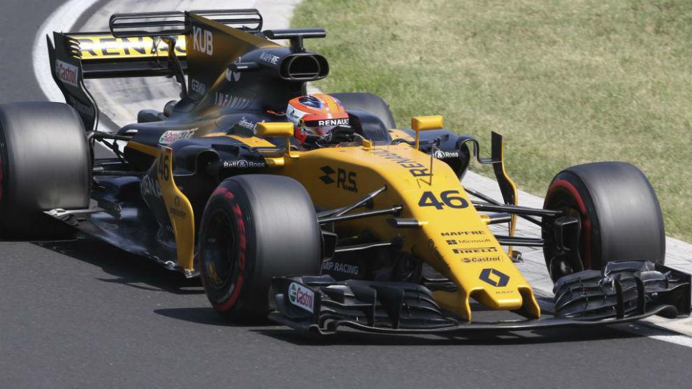 Robert Kubica, probando el Renault en los test