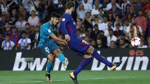 Asensio dispara en lo que acabó siendo el tercer gol del Madrid en la...