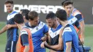 �lvaro V�zquez se retira lesionado en la sesi�n de este lunes por...