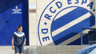 Nicole en las instalaciones del Espanyol