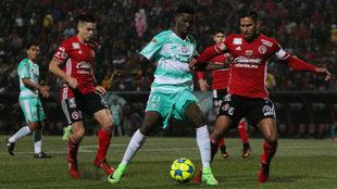 Santos no pierde en la frontera desde el Apertura 2014