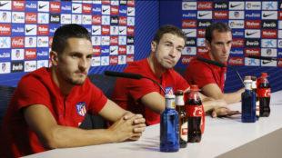 Koke, Gabi y Godín, capitanes del Atlético de Madrid, hablan en...