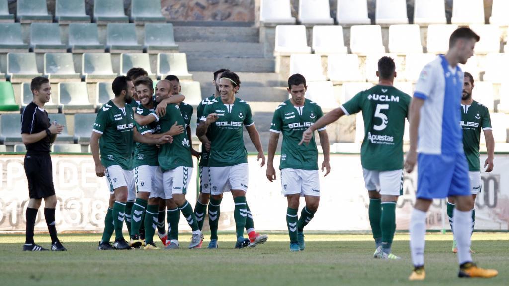 Los jugadores del Toledo, celebrando un gol ante el Leganés en...