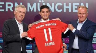 James, en su presentaci�n con el Bayern.