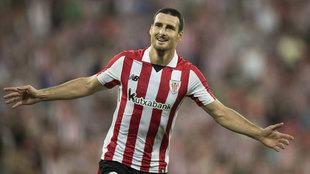 Aduriz celebra un gol en la Europa League