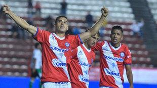 Fydriszewski celebra un gol con Argentinos Juniors
