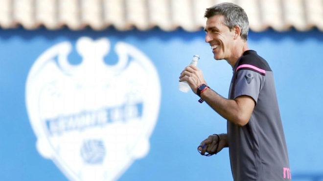 Juan Ramon López Muñiz, durante un entrenamiento del Levante en...