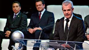 Javier Aguirre en el Salón de la Fama del fútbol.