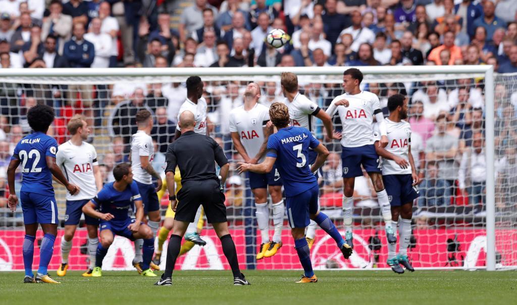 Premier League: Marcos Alonso reina en Wembley | Marca.com