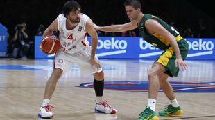 Teodosic jugando con Serbia en el Eurobasket 2015