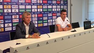 Gio Simeone (22), en su presentación como jugador de la Fiorentina