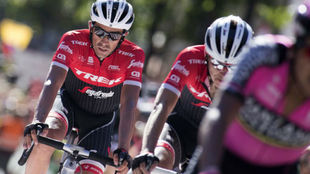 Alberto Contador entrando en la meta de Andorra.