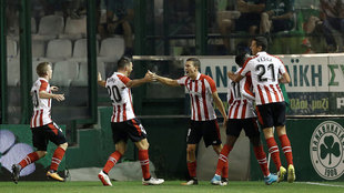 De Marco celebra un gol ante el Panathinaikos