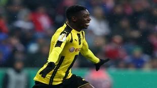 Dembelé celebra un gol
