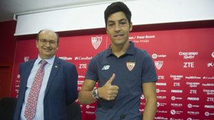 Borja Lasso, feliz junto al presidente.