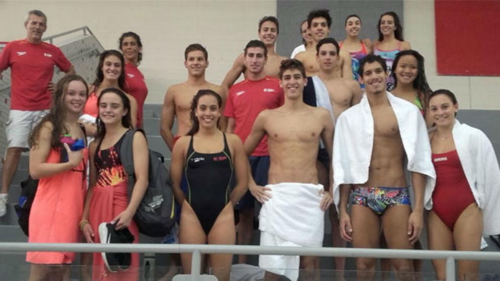 Equipo español en el Mundial Júnior de natación de Indianápolis.