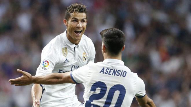 Ronaldo kimlərin onun və Messinin yerini tutacağını söylədi