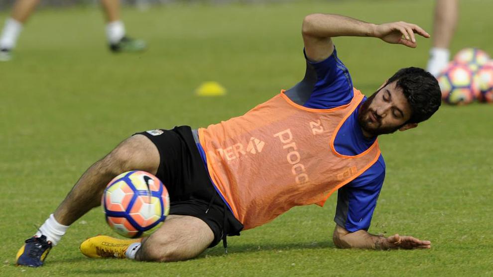 Nando García (23), en un entrenamiento del Real Oviedo la temporada...