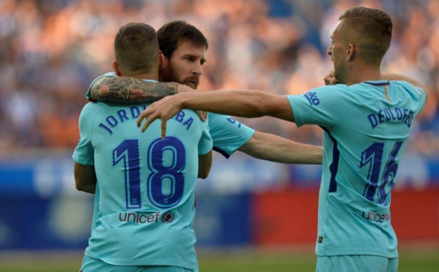 Messi celebrando uno de sus goles junto a Alba y Deulofeu