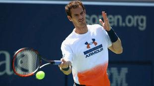 Andy Murray durante un entrenamiento hoy en Nueva York.