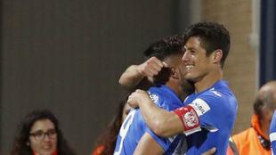 Mantovani celebra un gol.