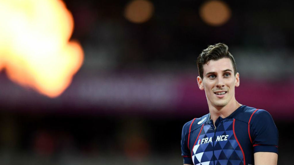 Pierre-Ambroise Bosse tras ganar el oro en los 800 metros de los...