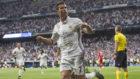 Cristiano (32) celebra un gol en el Santiago Bernab�u la temporada...