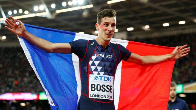 Pierre-Ambroise Bosse, tras ganar los 800 metros del Mundial.