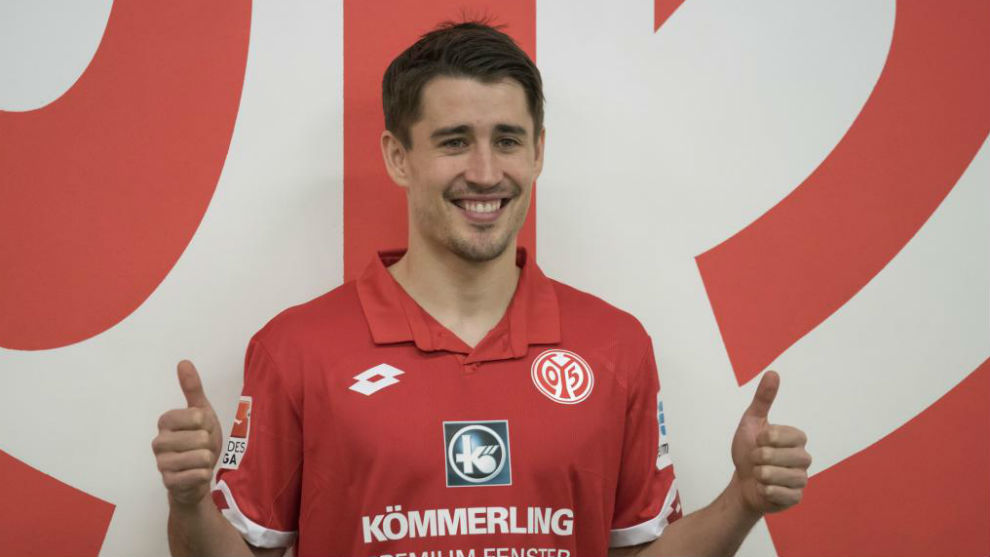 Bojan Krkic returns to LaLiga with Alaves loan move ...