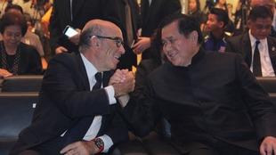 Ezpeleta, con el viceprimer ministro tailand�s.