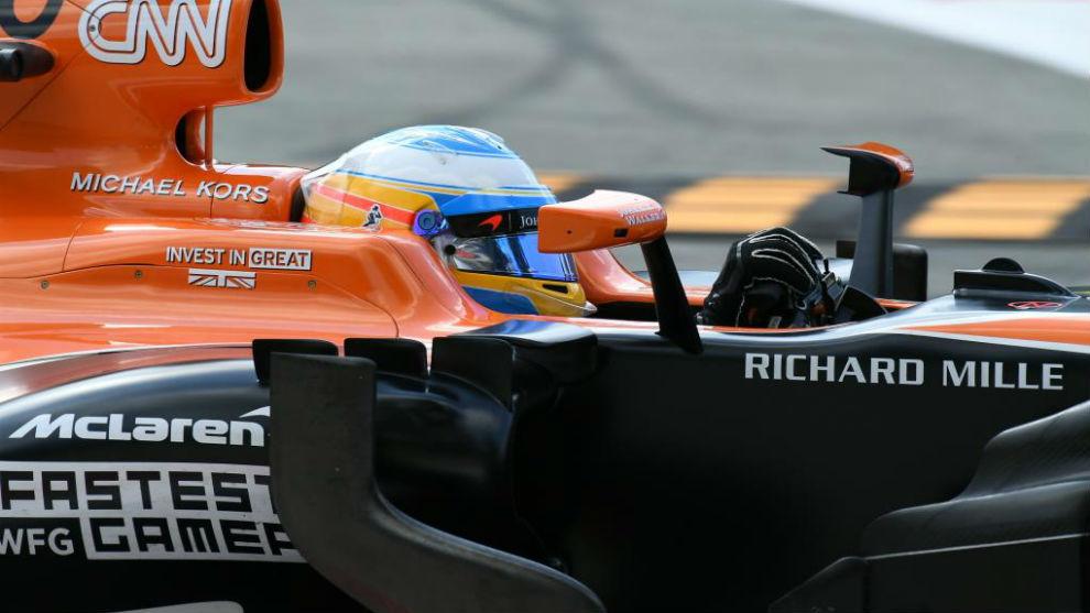 Alonso, durante los Libres 2 del GP de Italia