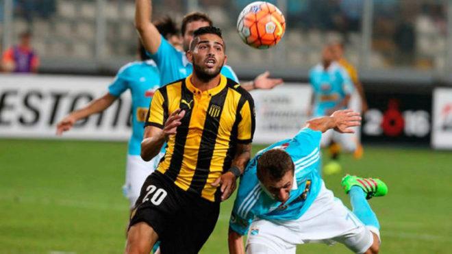 Nicolás Albarracín, con Peñarol.
