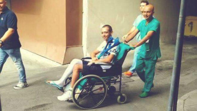 Rossi, al salir del hospital.
