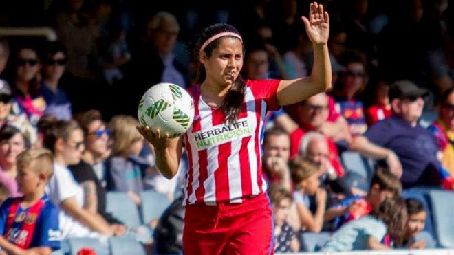 Fútbol Femenil  Kenti Robles