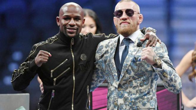 Floyd Mayweather y Conor McGregor tras la pelea.