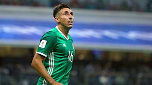 Héctor Herrera baja por lesión.