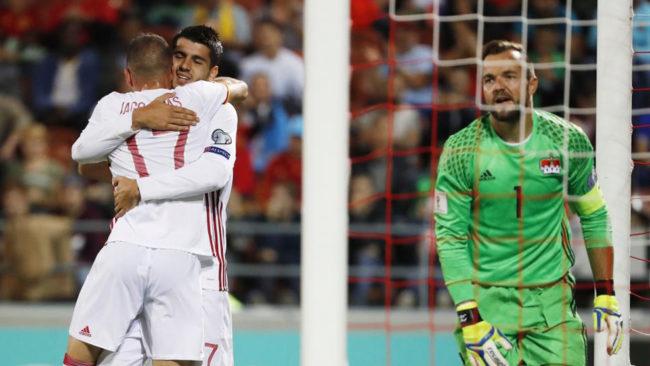 Morata y Aspas celebran el gol del gallego.