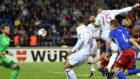 Ramos, en el momento de marcar ante Liechtenstein