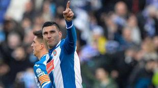 José Antonio Reyes celebra un gol con el Espanyol.