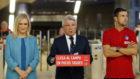 Cristina Cifuentes, Enrique Cerezo y Gabi durante la presentaci�n de...