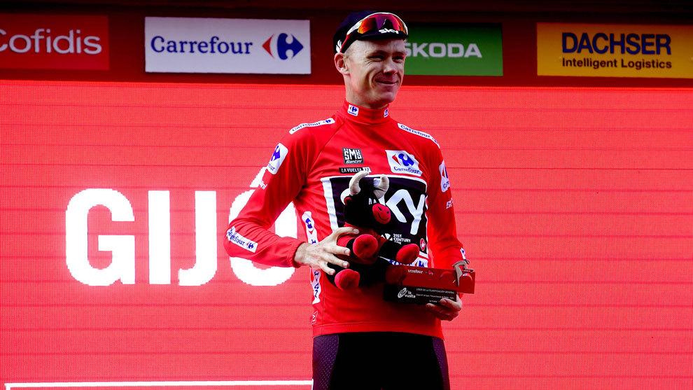 Froome mantiene el maillot rojo en la etapa de hoy.