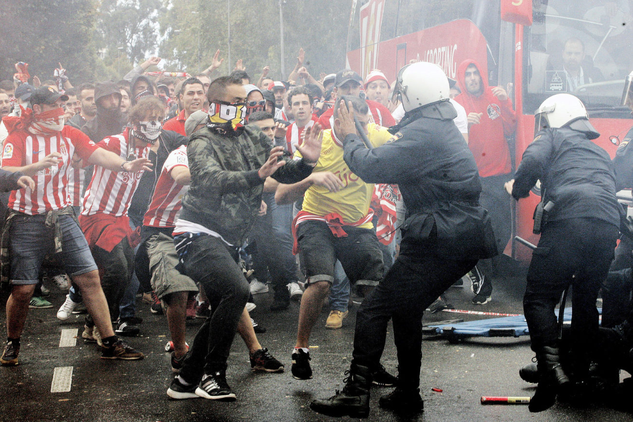 Graves incidentes en la previa del sporting oviedo foto - Fotos del sporting de gijon ...