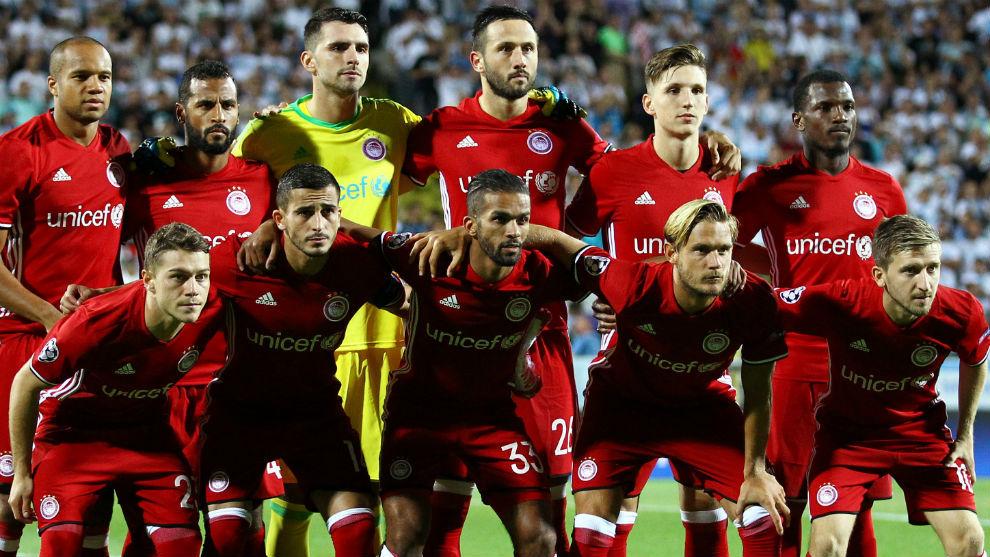Once del Olympiacos que se midió al Rijeka en previa de la Champions.