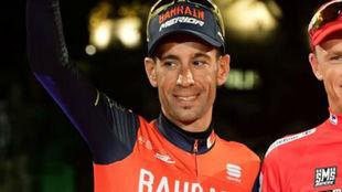 Vincenzo Nibali en el podio de la Vuelta 2017.