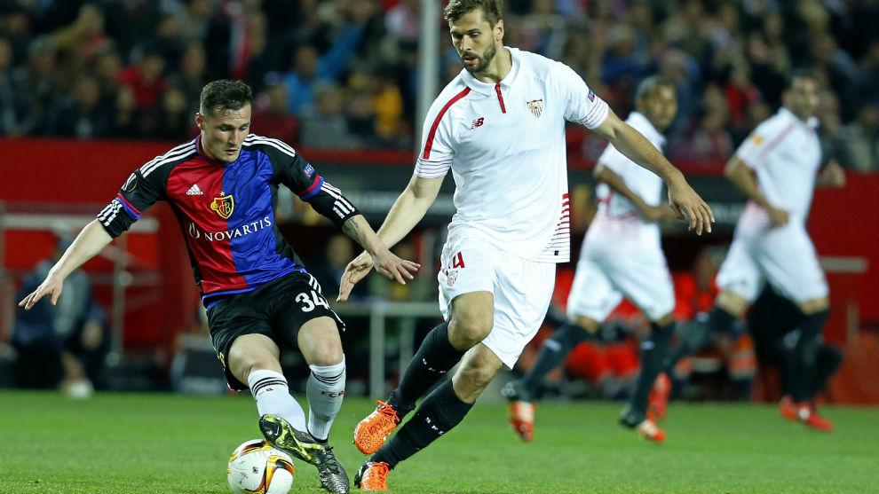Taulant Xhaka, en un pasado partido ante el Sevilla.
